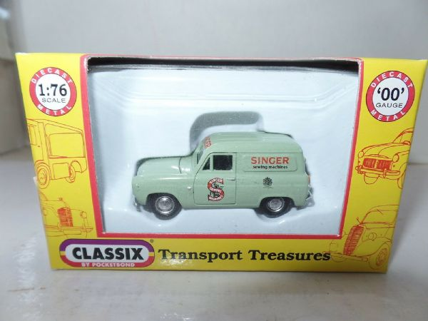 Classix EM76675 1/76 OO Scale Ford Thames 300E Van Singer Sewing Machines